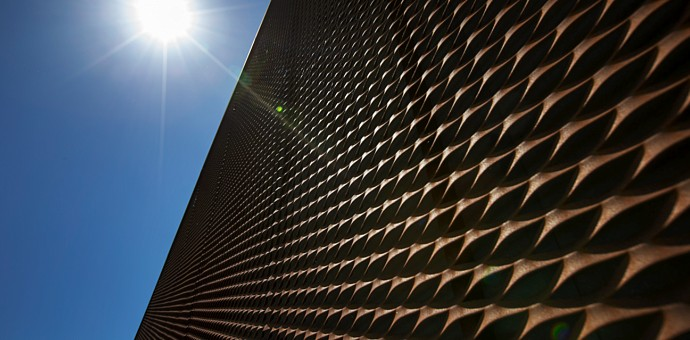 Sun screens in expanded metal