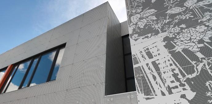 Para la fachada hemos utilizado la aplicación  RMIG ImagePerf para obtener la imagen deseada en chapa perforada.