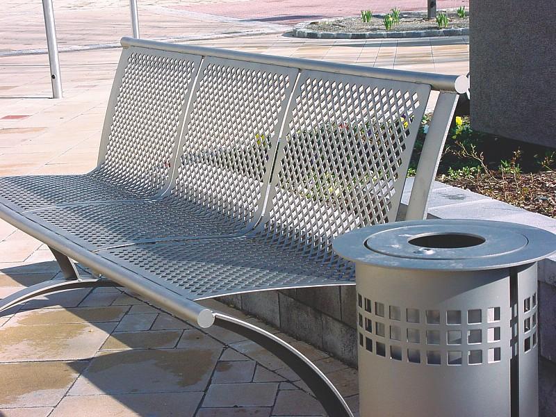 Lochbleche verwendet in Sitzmöbeln